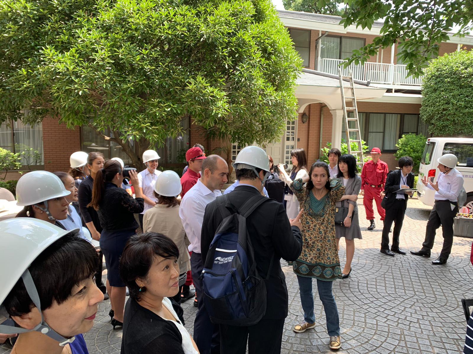 La Embajada de Colombia en Japón realizó el primer simulacro de asistencia y comunicación a ciudadanos colombianos en caso de desastres
